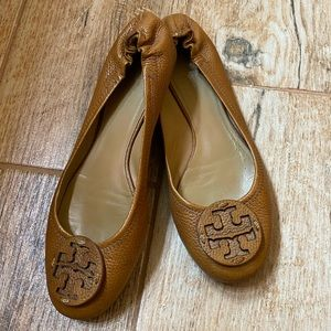 Tory Burch Leather Flats Size 9